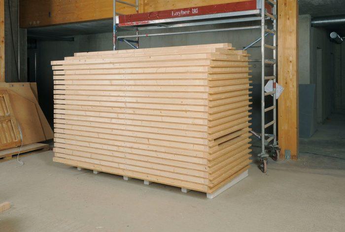 Vorgefertigte Holz- Trockenbauwände zur zeitsparenden Montage