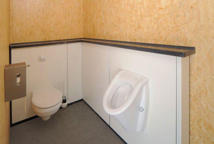 Herren WC mit Urinal