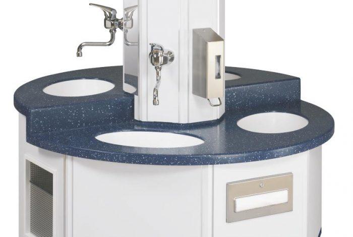 KIGA Waschtischanlage mit 4 Waschplätzen auf 1100 mm D und höhenversetzt für U3 Gruppen