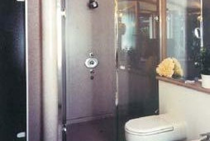Duschanlage mit Gewölbedecke