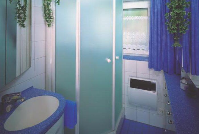 Kleinstbad mit Dusche Sonderwaschtisch + max. mögl. Stauraum
