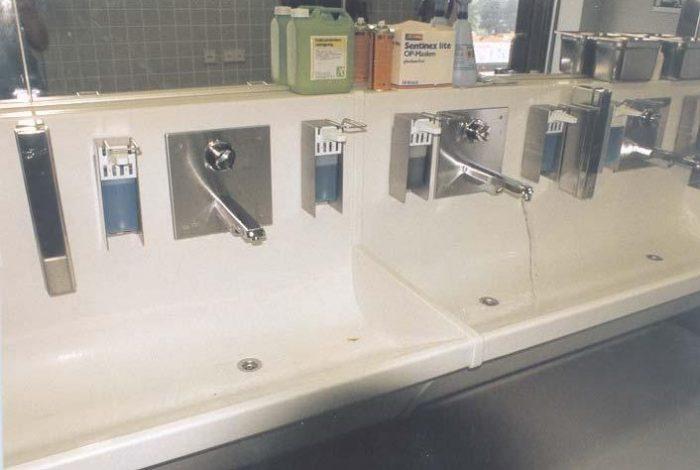 HUG-Lösungen bei OP-Waschplätzen